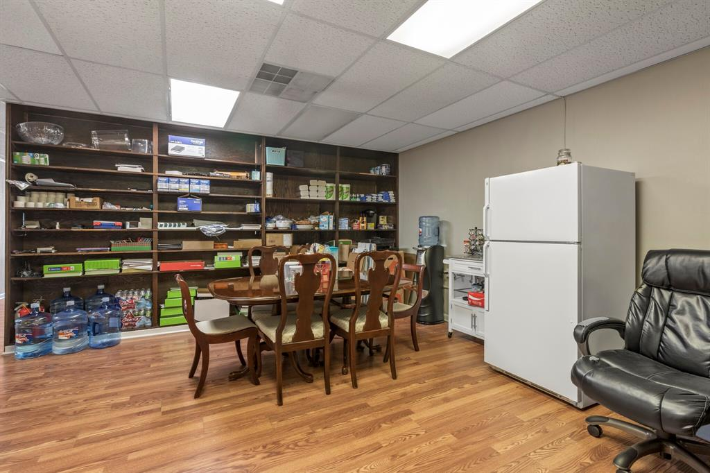 3112 Plumwood  Street, Fort Worth, Texas 76111 - acquisto real estaet best boutique real estate firm in texas for high net worth sellers