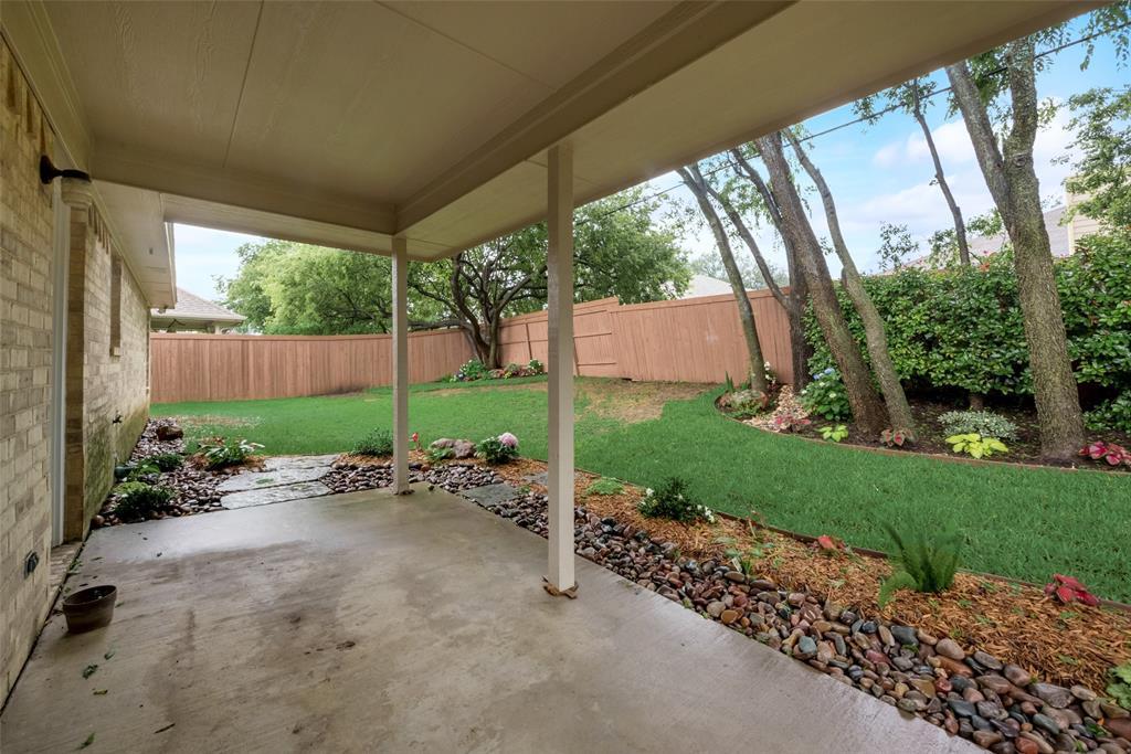 1012 Heberle  Drive, Burleson, Texas 76028 - acquisto real estate best relocation company in america katy mcgillen