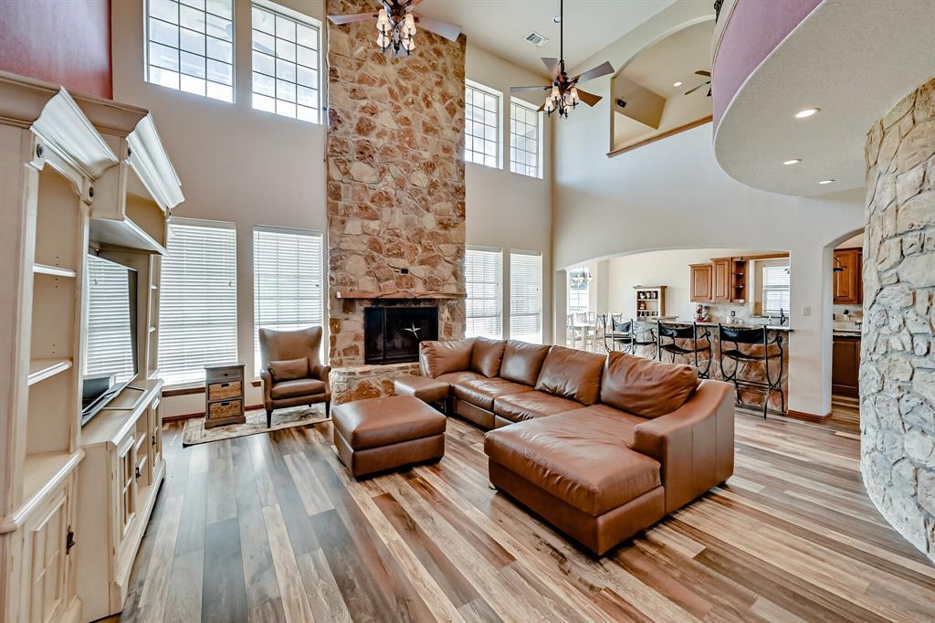 7431 Drury Cross  Road, Burleson, Texas 76028 - acquisto real estate best the colony realtor linda miller the bridges real estate