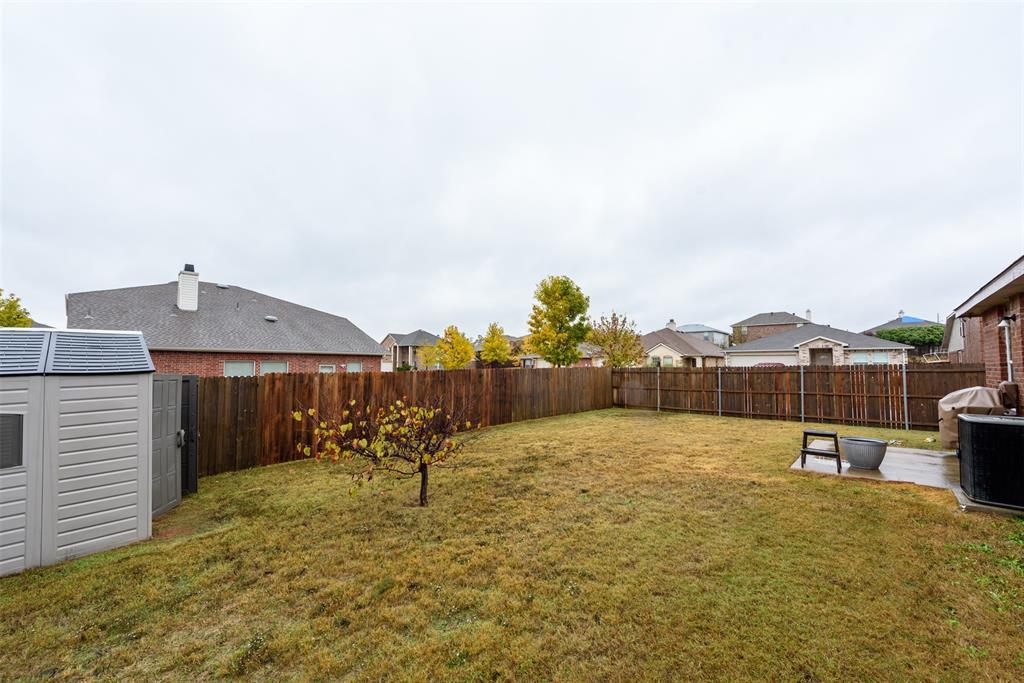 2921 Desert  Drive, Denton, Texas 76210 - acquisto real estate best looking realtor in america shana acquisto