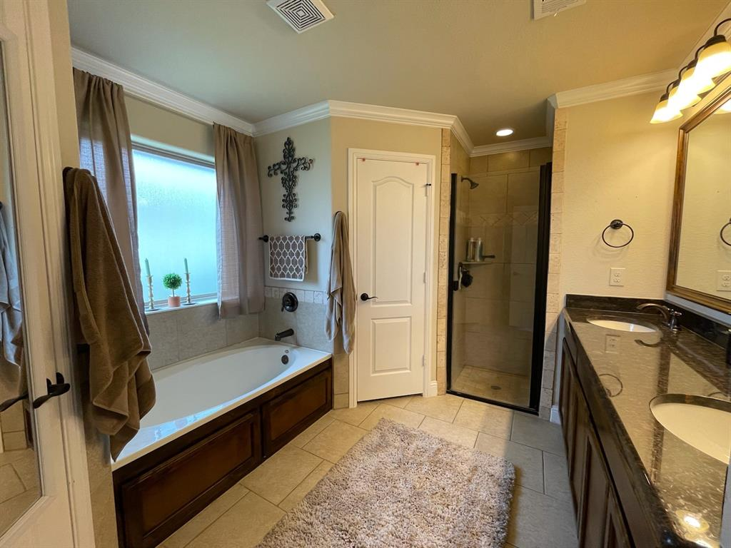 1836 Town Creek  Circle, Weatherford, Texas 76086 - acquisto real estate best real estate company in frisco texas real estate showings
