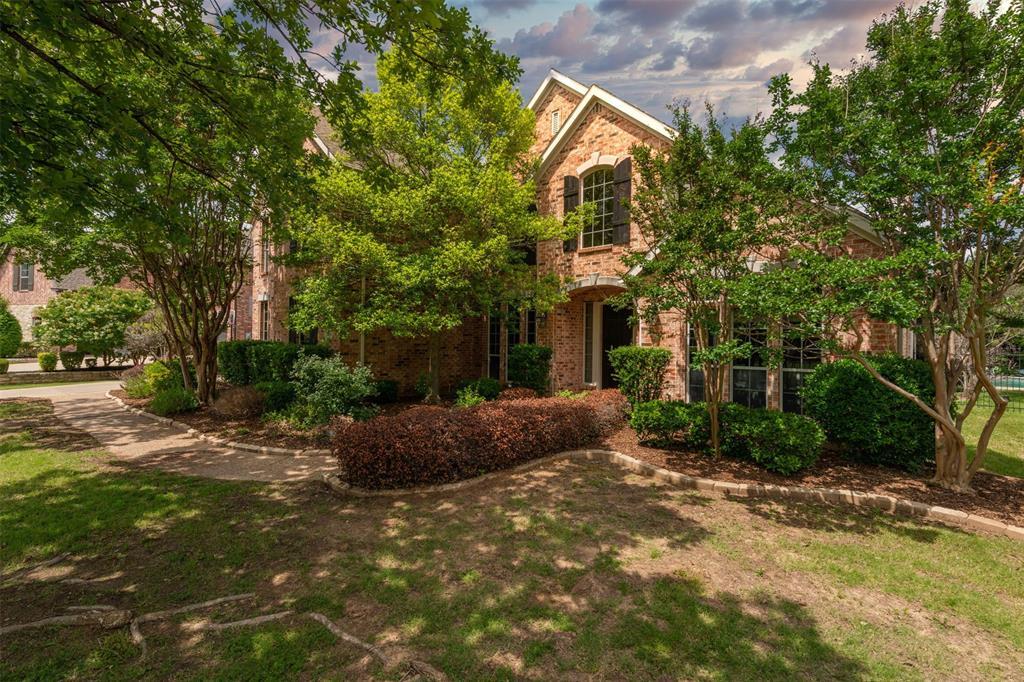 305 Foxborough  Lane, Southlake, Texas 76092 - Acquisto Real Estate best plano realtor mike Shepherd home owners association expert