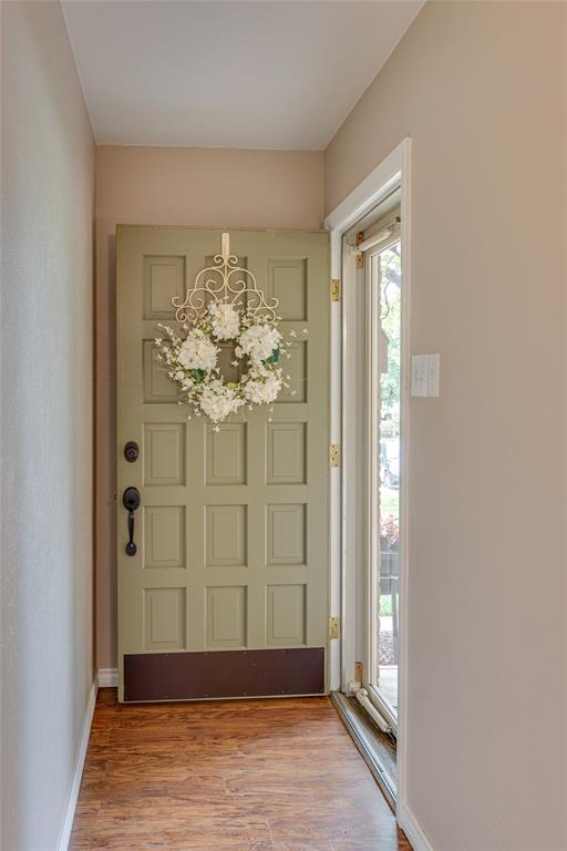 22 Shadowbrook  Lane, Hurst, Texas 76053 - acquisto real estate best prosper realtor susan cancemi windfarms realtor