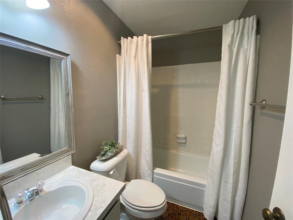 616 Via Sevilla  Mesquite, Texas 75150 - acquisto real estate best designer and realtor hannah ewing kind realtor