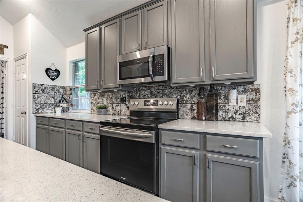 7901 Songbird  Lane, Fort Worth, Texas 76123 - acquisto real estate best luxury buyers agent in texas shana acquisto inheritance realtor