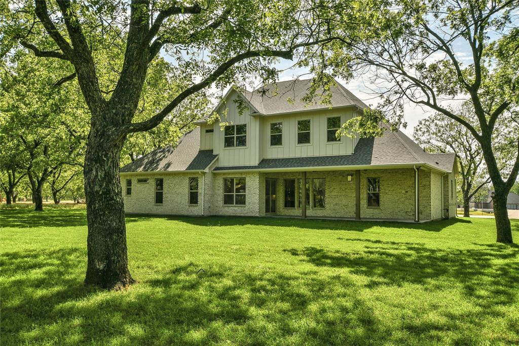 8021 Landings  Road, Granbury, Texas 76049 - acquisto real estate best real estate follow up system katy mcgillen