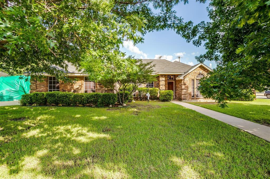 831 Irene  Street, Burleson, Texas 76028 - acquisto real estate best allen realtor kim miller hunters creek expert