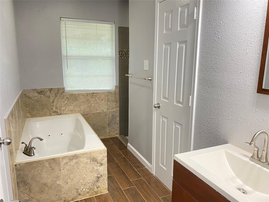 729 Pemberton  Drive, White Settlement, Texas 76108 - acquisto real estate best style realtor kim miller best real estate reviews dfw