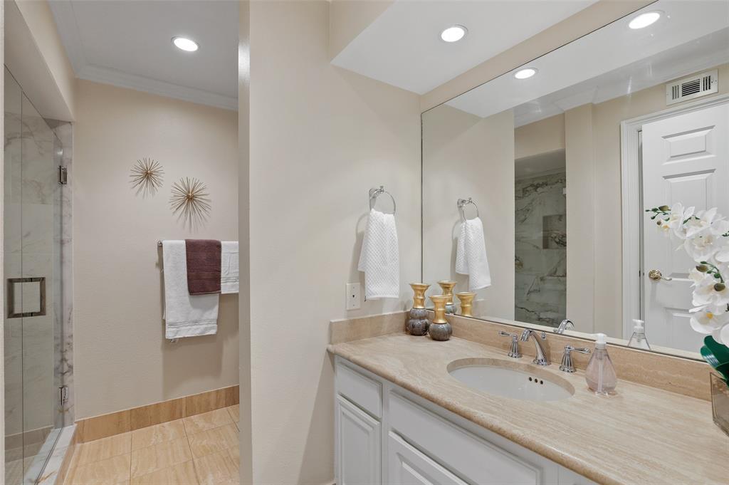 4242 Lomo Alto  Drive, Dallas, Texas 75219 - acquisto real estate best designer and realtor hannah ewing kind realtor