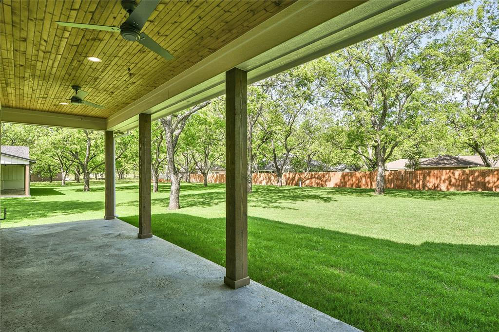 8021 Landings  Road, Granbury, Texas 76049 - acquisto real estate best relocation company in america katy mcgillen