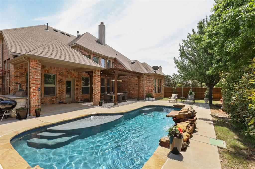 3437 Courtney  Drive, Flower Mound, Texas 75022 - acquisto real estate mvp award real estate logan lawrence