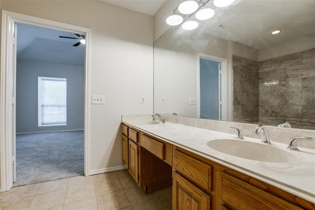 2213 Villawood  Lane, Garland, Texas 75040 - acquisto real estate best designer and realtor hannah ewing kind realtor