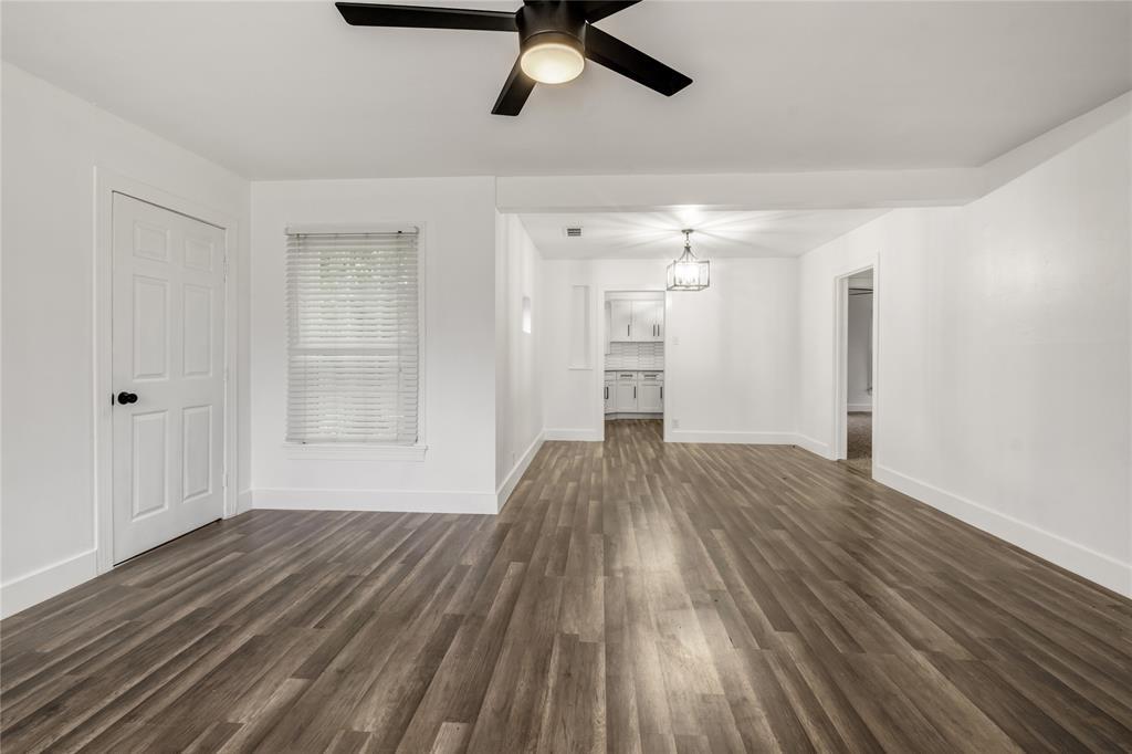 1507 Newport  Avenue, Dallas, Texas 75224 - acquisto real estate best highland park realtor amy gasperini fast real estate service