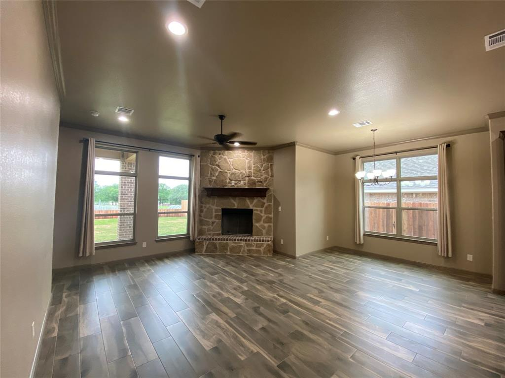 3312 Windcrest  Drive, Granbury, Texas 76049 - acquisto real estate best prosper realtor susan cancemi windfarms realtor
