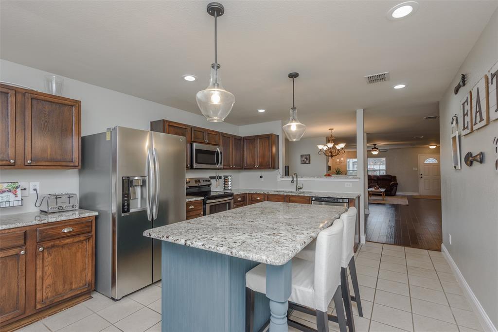 2921 Desert  Drive, Denton, Texas 76210 - acquisto real estate best investor home specialist mike shepherd relocation expert