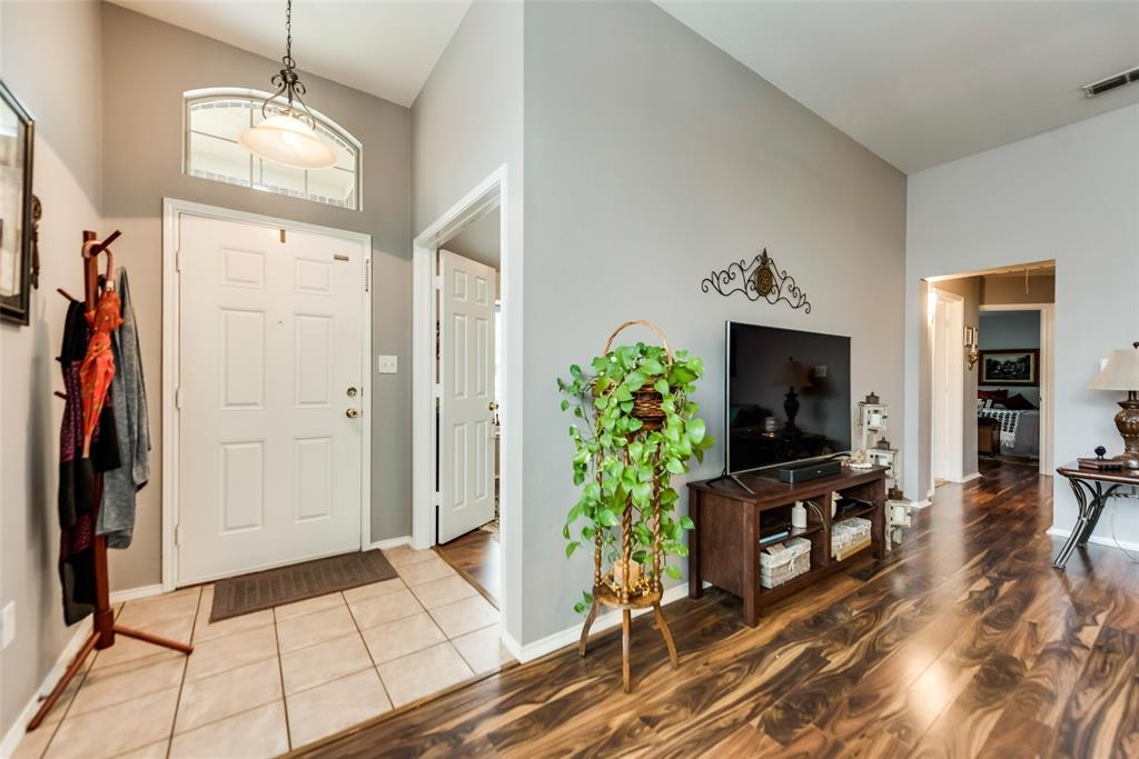 2612 Hilcroft  Avenue, Denton, Texas 76210 - acquisto real estate best flower mound realtor jody daley lake highalands agent of the year