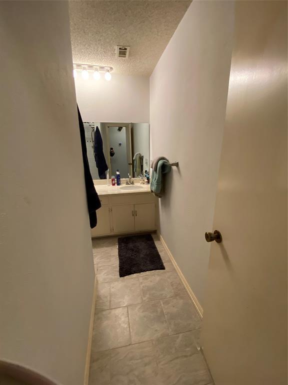 1620 High Ridge  Road, Benbrook, Texas 76126 - acquisto real estate best new home sales realtor linda miller executor real estate