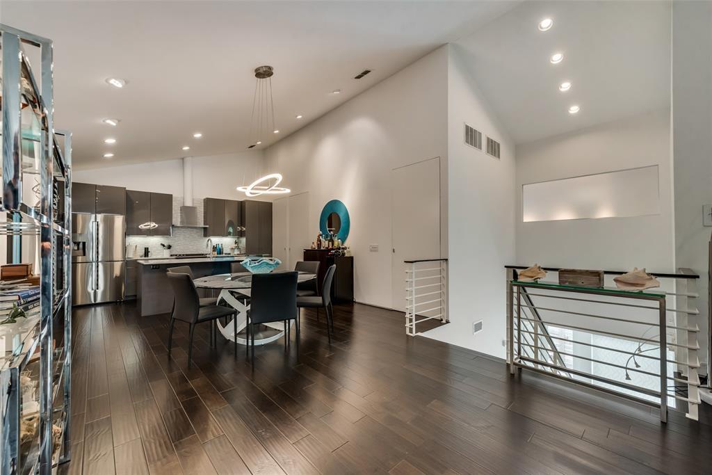4711 Live Oak  Street, Dallas, Texas 75204 - acquisto real estate best new home sales realtor linda miller executor real estate