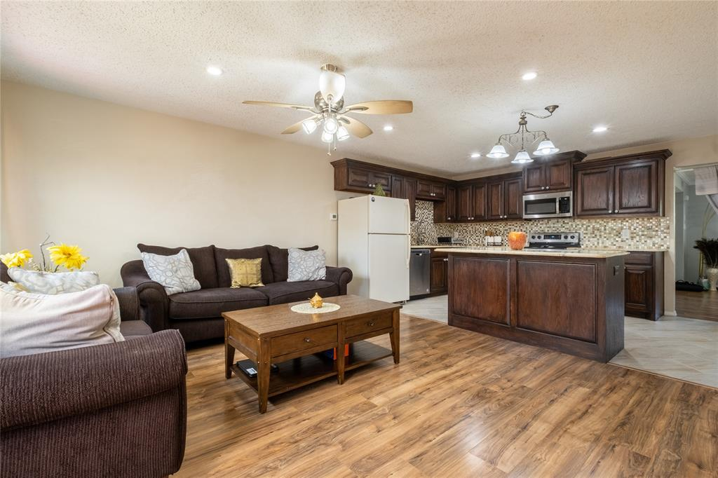 2718 Ivanridge  Lane, Garland, Texas 75044 - acquisto real estate best flower mound realtor jody daley lake highalands agent of the year