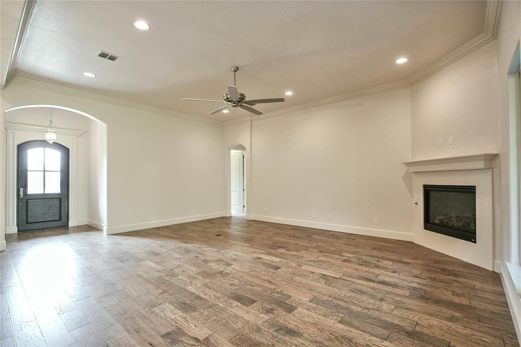 8021 Landings  Road, Granbury, Texas 76049 - acquisto real estate best celina realtor logan lawrence best dressed realtor