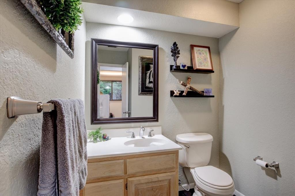 4315 Fairway  Drive, Granbury, Texas 76049 - acquisto real estate best designer and realtor hannah ewing kind realtor