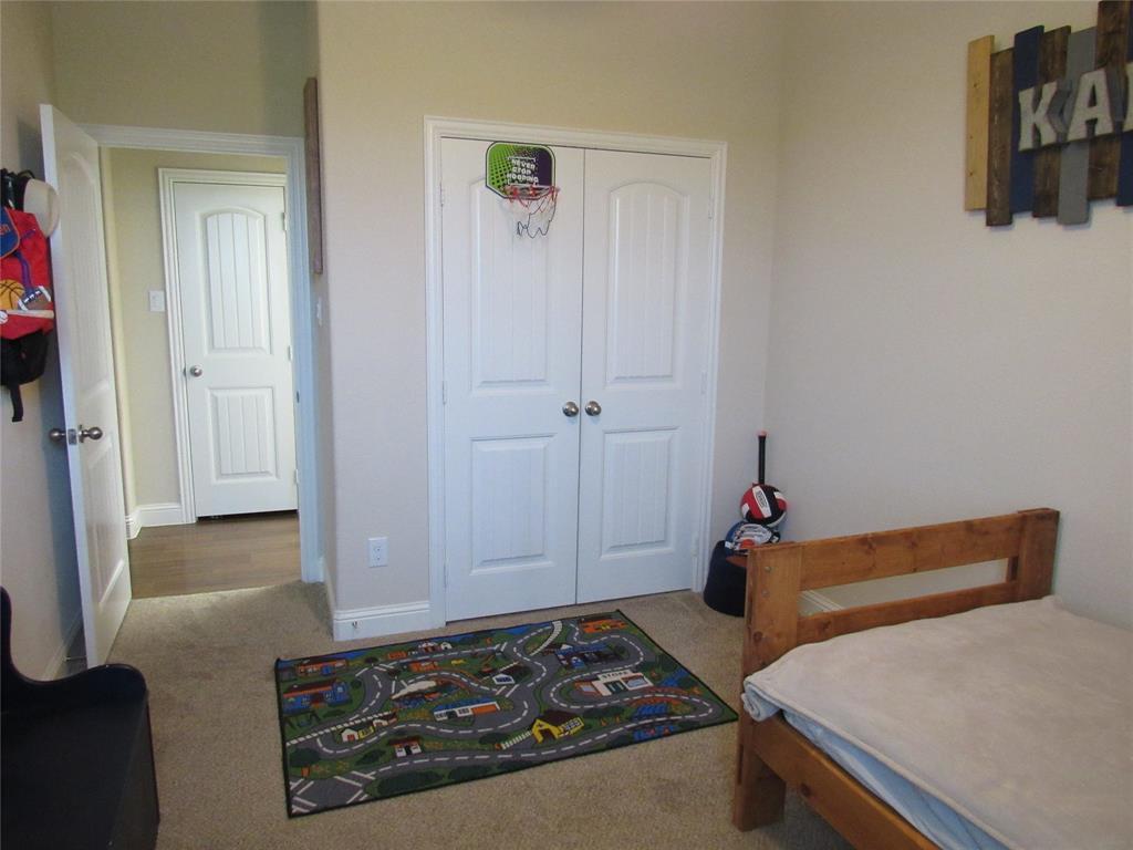 1438 Blue Bonnett  Boulevard, Gainesville, Texas 76240 - acquisto real estate best park cities realtor kim miller best staging agent