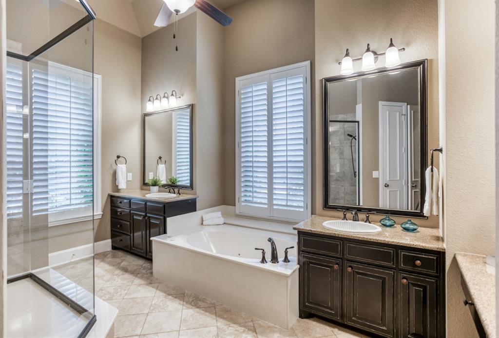 5145 Shoreline  Drive, Frisco, Texas 75034 - acquisto real estate best realtor foreclosure real estate mike shepeherd walnut grove realtor