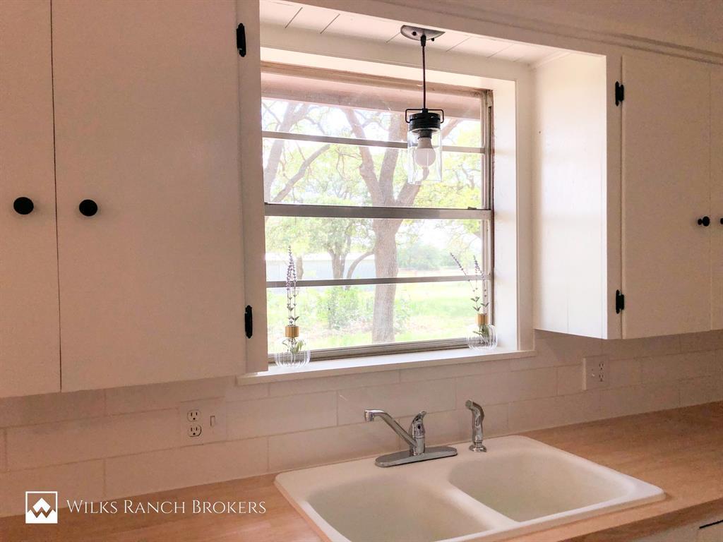 395 Medlan Chapel  Road, Graham, Texas 76450 - acquisto real estate best new home sales realtor linda miller executor real estate