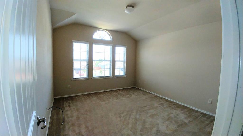 3020 Lake Ridge  Drive, Sanger, Texas 76266 - acquisto real estate best celina realtor logan lawrence best dressed realtor
