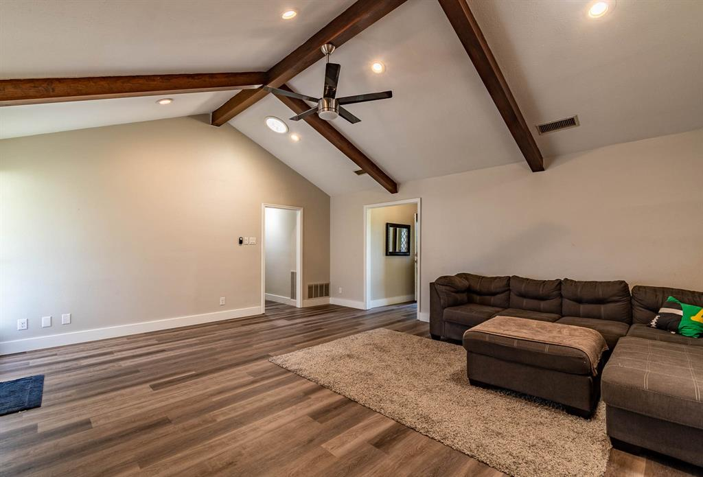 1949 Kentwood  Lane, Carrollton, Texas 75007 - acquisto real estate best listing agent in the nation shana acquisto estate realtor