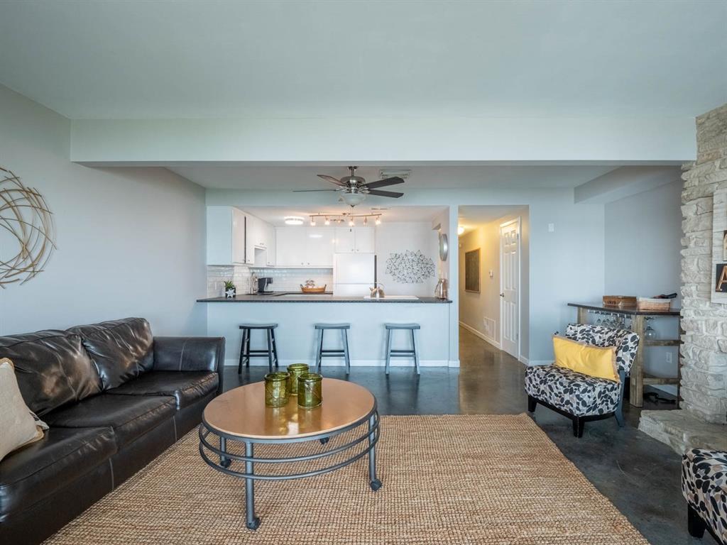 5615 Thunderbird  Court, De Cordova, Texas 76049 - acquisto real estate best new home sales realtor linda miller executor real estate