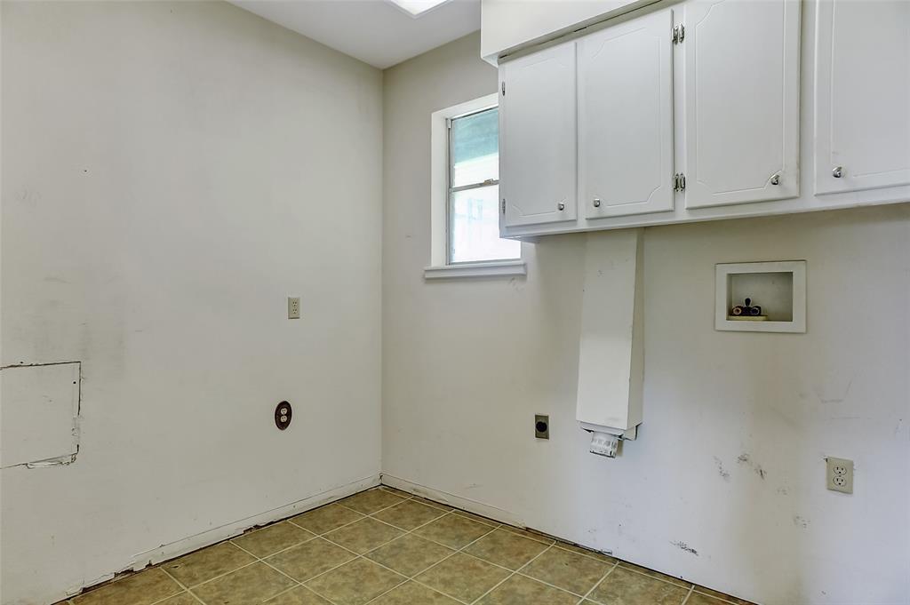 1713 Ridgeway  Drive, Sherman, Texas 75092 - acquisto real estate best photo company frisco 3d listings