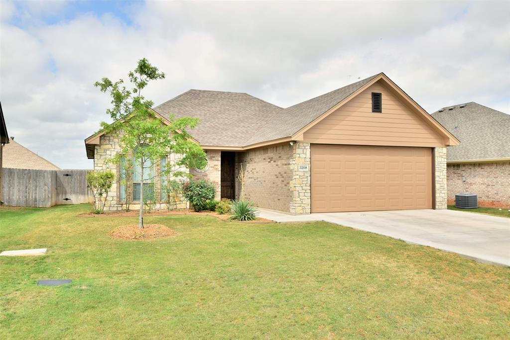 3208 Mccoy  Lane, Granbury, Texas 76049 - Acquisto Real Estate best plano realtor mike Shepherd home owners association expert