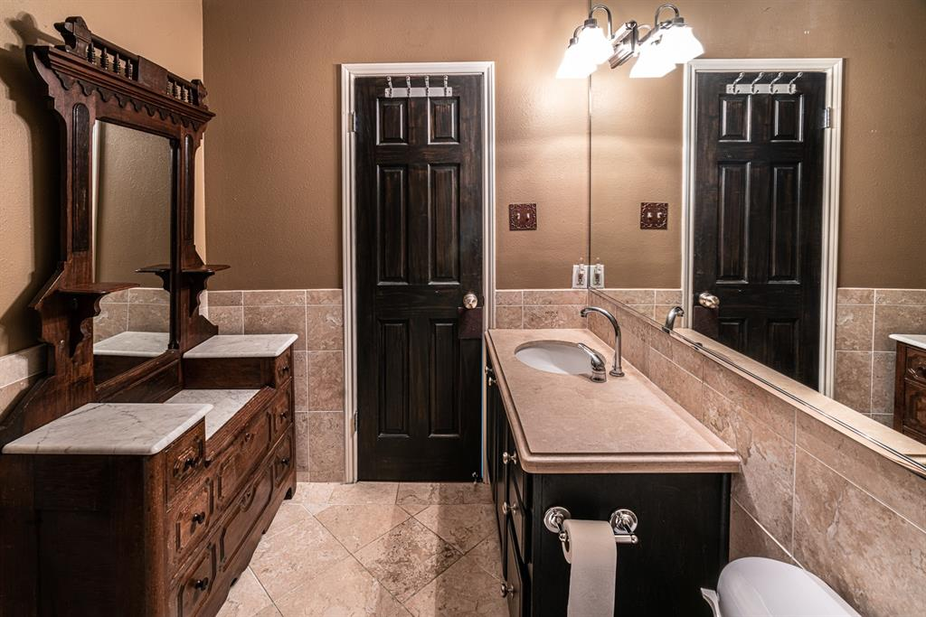 10209 Regal Oaks  Drive, Dallas, Texas 75230 - acquisto real estate best designer and realtor hannah ewing kind realtor