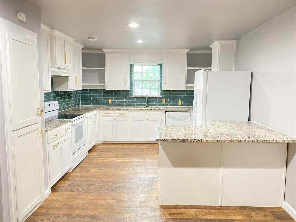 729 Pemberton  Drive, White Settlement, Texas 76108 - acquisto real estate best highland park realtor amy gasperini fast real estate service