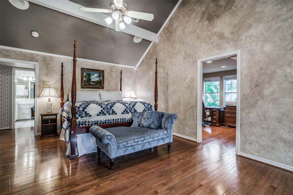 2209 Creekside  Circle, Irving, Texas 75063 - acquisto real estate best designer and realtor hannah ewing kind realtor