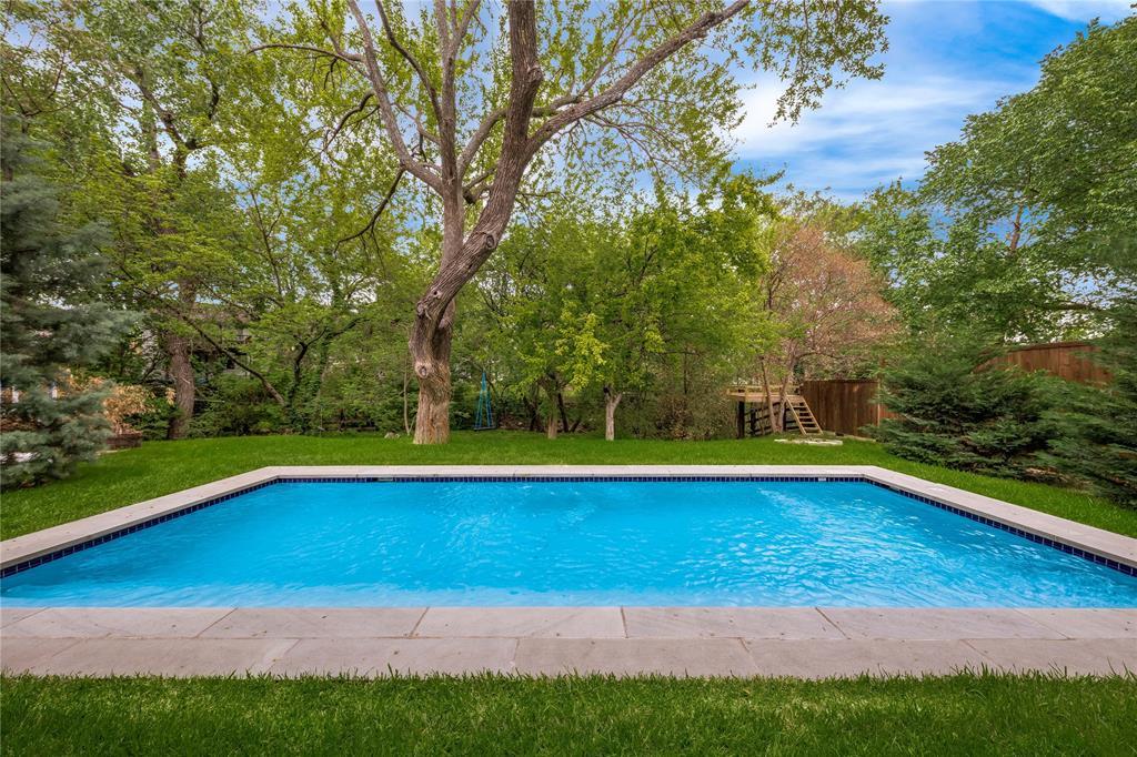 5004 Rexton  Lane, Dallas, Texas 75214 - acquisto real estate best negotiating realtor linda miller declutter realtor