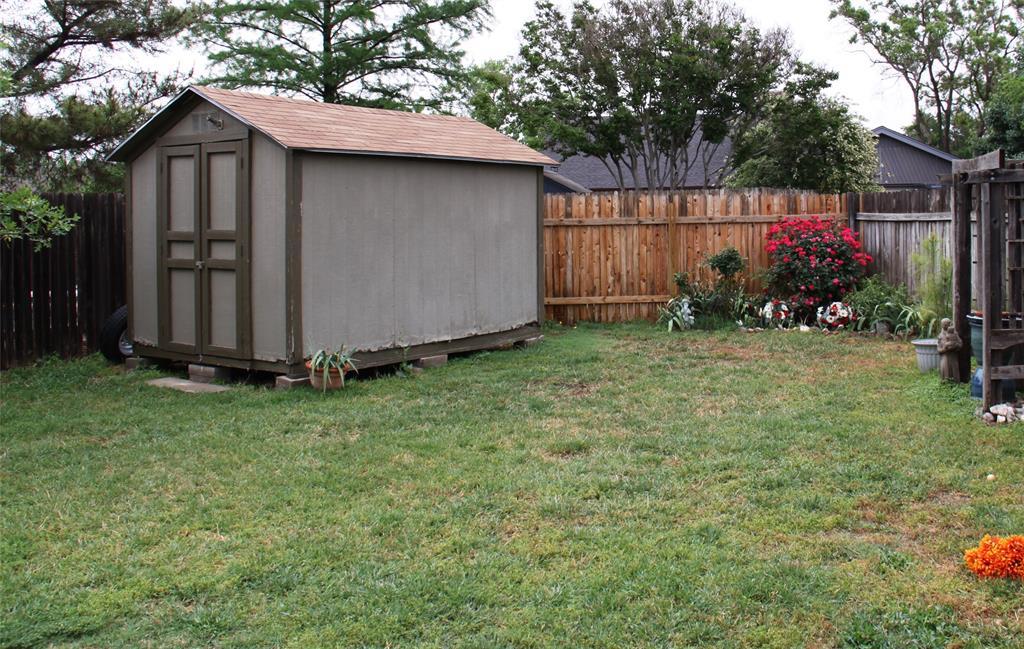 1425 Wood Creek  Drive, Flower Mound, Texas 75028 - acquisto real estate best celina realtor logan lawrence best dressed realtor