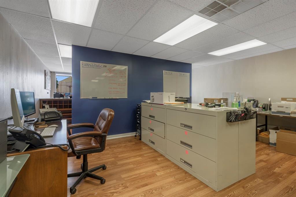 3112 Plumwood  Street, Fort Worth, Texas 76111 - acquisto real estate best negotiating realtor linda miller declutter realtor