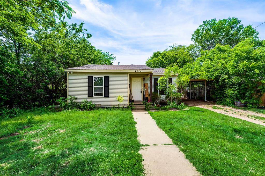 2522 High Crest  Avenue, Fort Worth, Texas 76111 - Acquisto Real Estate best plano realtor mike Shepherd home owners association expert