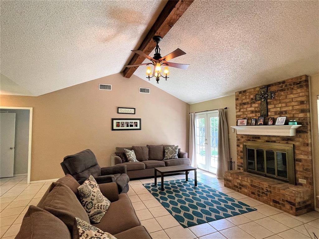 563 Ferndale  Lane, Fairfield, Texas 75840 - acquisto real estate best prosper realtor susan cancemi windfarms realtor