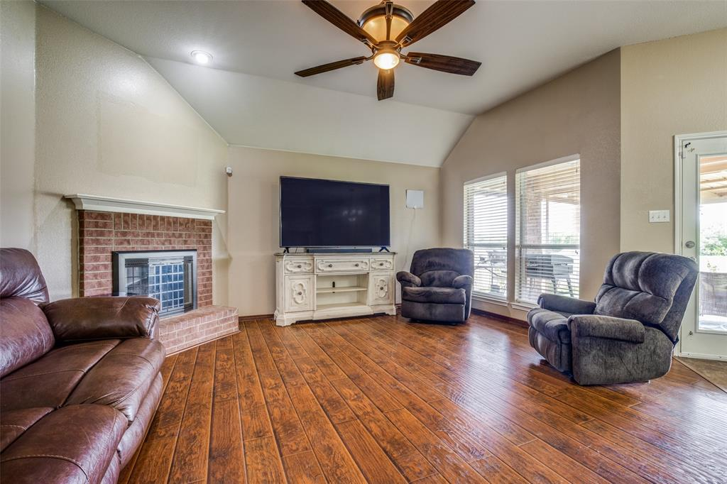 529 Kings Creek  Drive, Terrell, Texas 75161 - acquisto real estate best style realtor kim miller best real estate reviews dfw