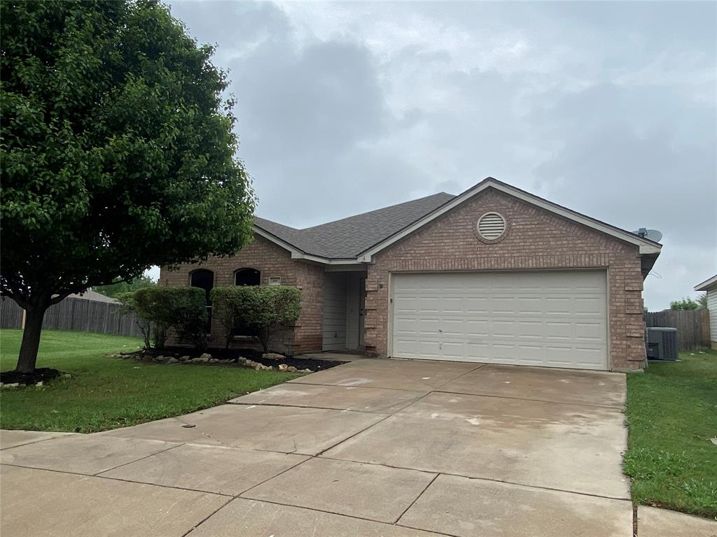 940 Rio Bravo  Drive, Fort Worth, Texas 76052 - acquisto real estate best allen realtor kim miller hunters creek expert
