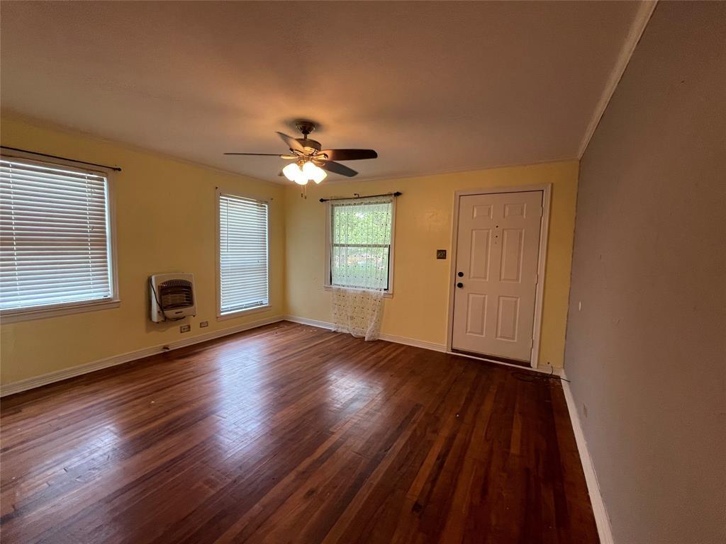 1531 Magnolia  Avenue, Corsicana, Texas 75110 - acquisto real estate best real estate company to work for
