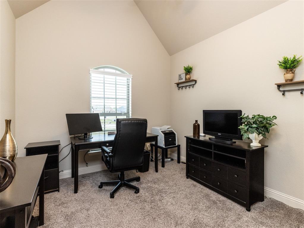 13057 Chisholm Ranch  Drive, Fort Worth, Texas 76052 - acquisto real estate best negotiating realtor linda miller declutter realtor