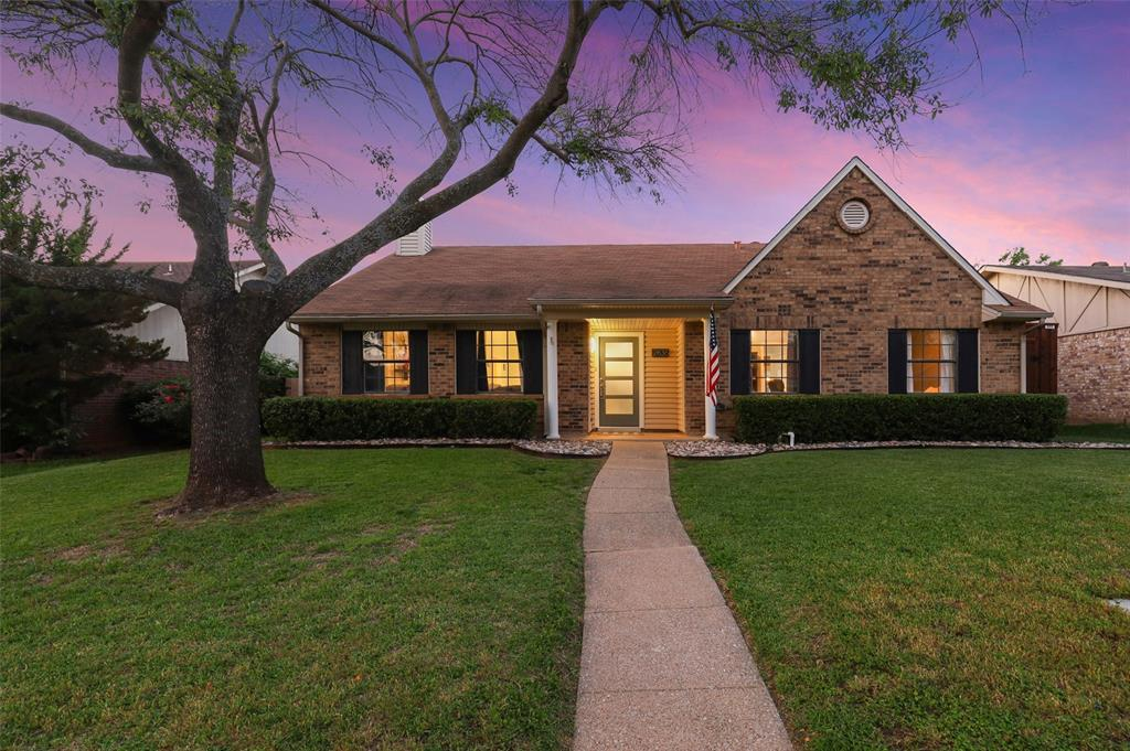 2836 Stratford  Lane, Flower Mound, Texas 75028 - Acquisto Real Estate best plano realtor mike Shepherd home owners association expert
