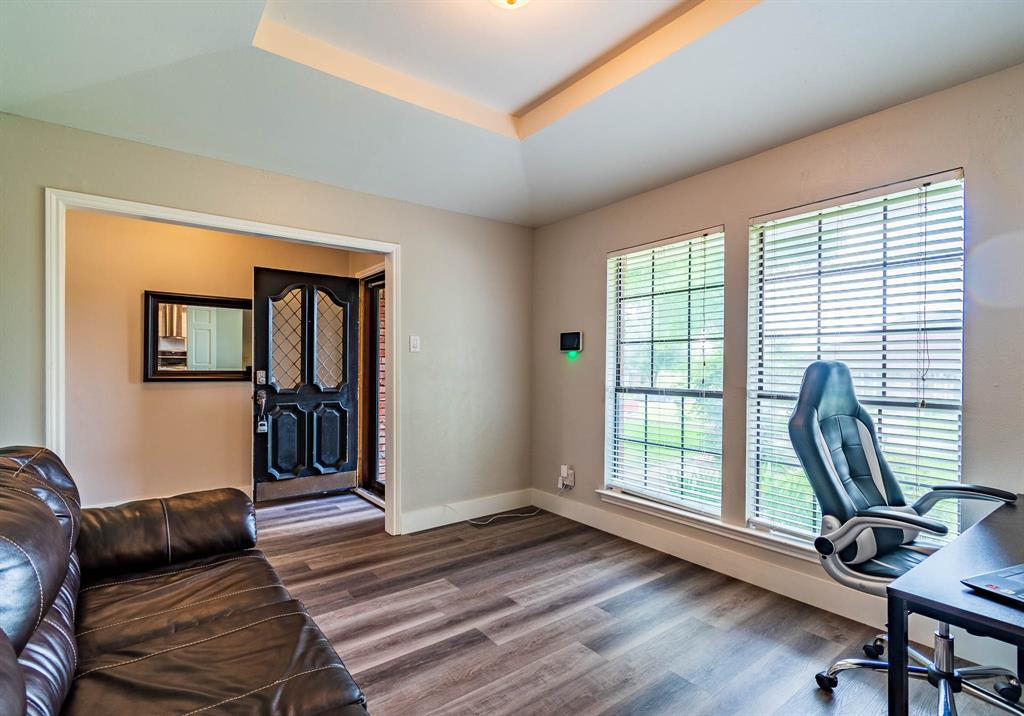 1949 Kentwood  Lane, Carrollton, Texas 75007 - acquisto real estate best flower mound realtor jody daley lake highalands agent of the year