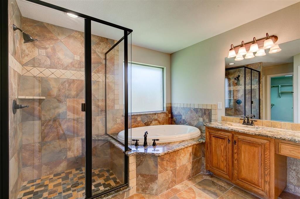 4407 Cluster Oak  Court, Granbury, Texas 76049 - acquisto real estate smartest realtor in america shana acquisto