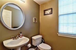 2021 Broadleaf  Drive, Arlington, Texas 76001 - acquisto real estate best photos for luxury listings amy gasperini quick sale real estate