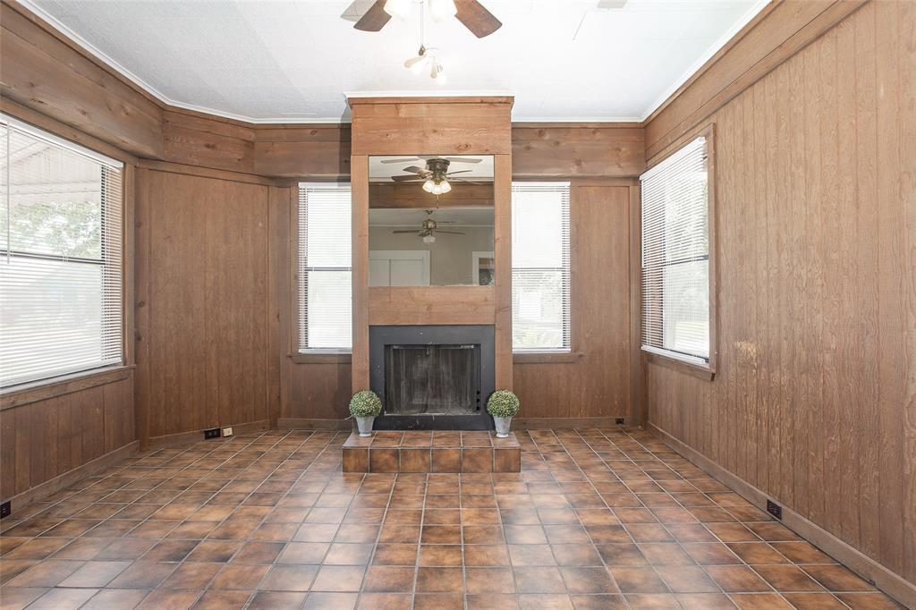 1012 Orange  Street, Fort Worth, Texas 76110 - acquisto real estate best realtor dfw jody daley liberty high school realtor